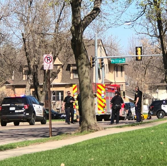 Motorcyclist injured after crash in central Sioux Falls