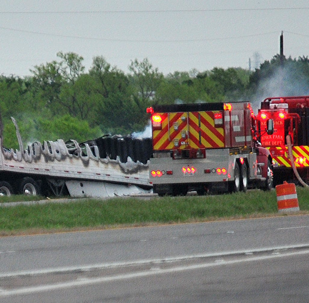 At least two dead in fiery crash on U.S. 287