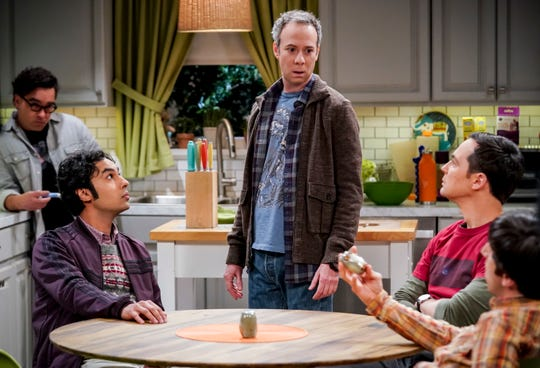 Mayim Bialik says Kevin Sussman (center), who plays sad sack Stuart, is her favorite supporting player.