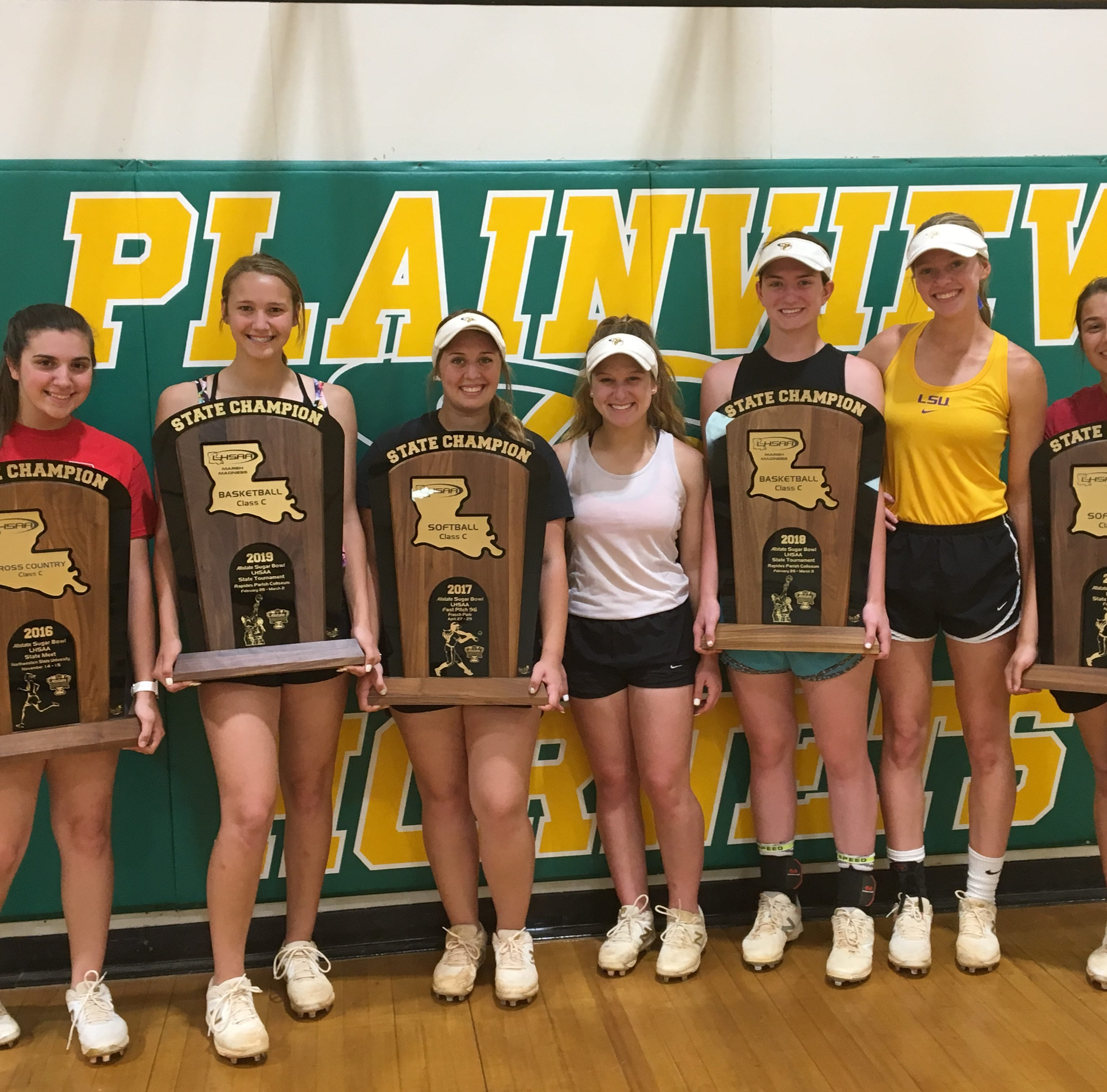 Plainview senior class hopes to end prep careers with a 'three-peat'