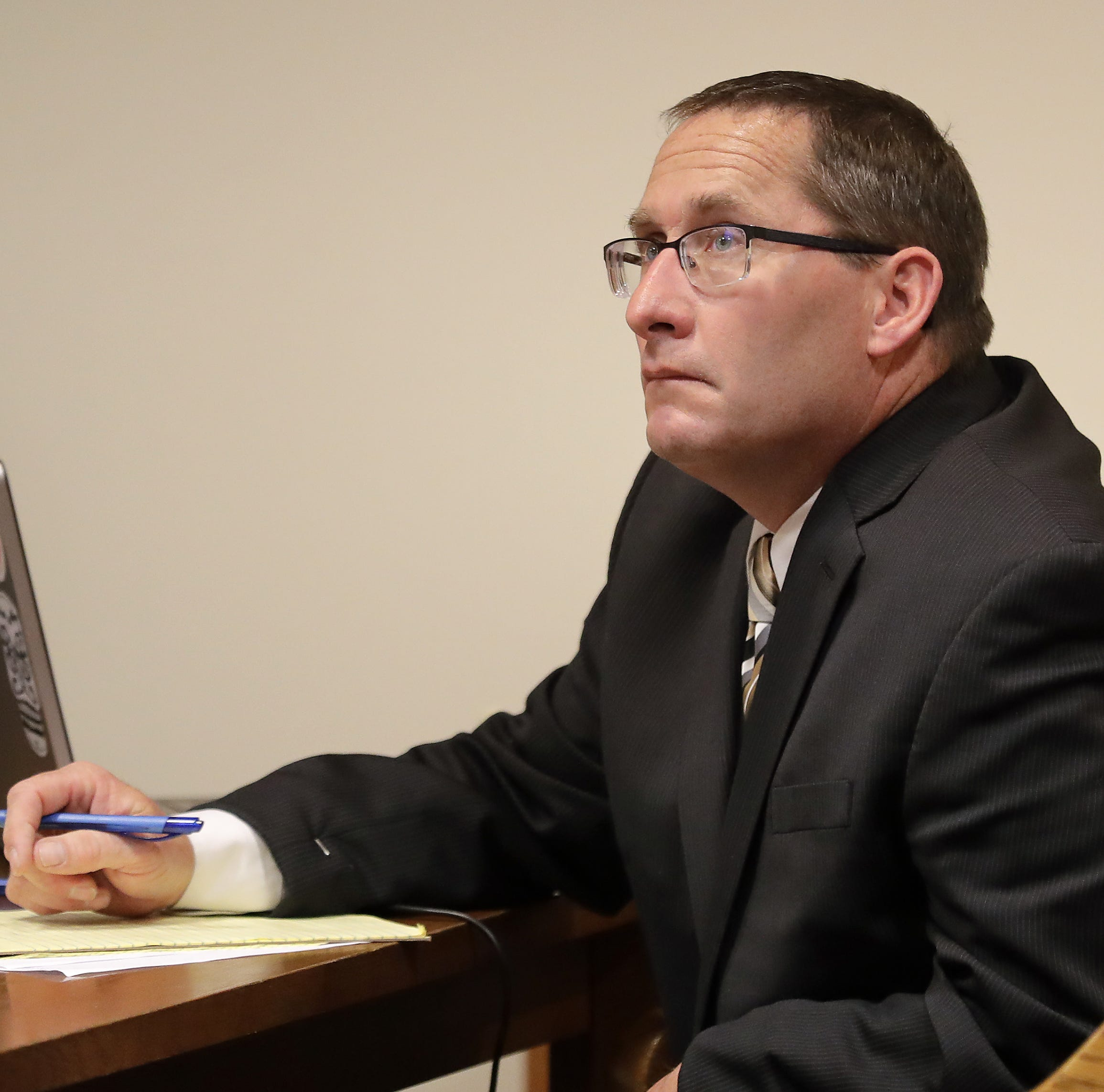 Jury begins deciding case of former Little Chute teacher accused of sexual assault