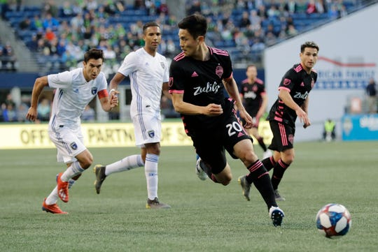 Seattle Sounders defender Kim Kee-Hee (20) looks to pass against the San Jose Earthquakes during the first half of an MLS soccer match, Wednesday, April 24, 2019, in Seattle.