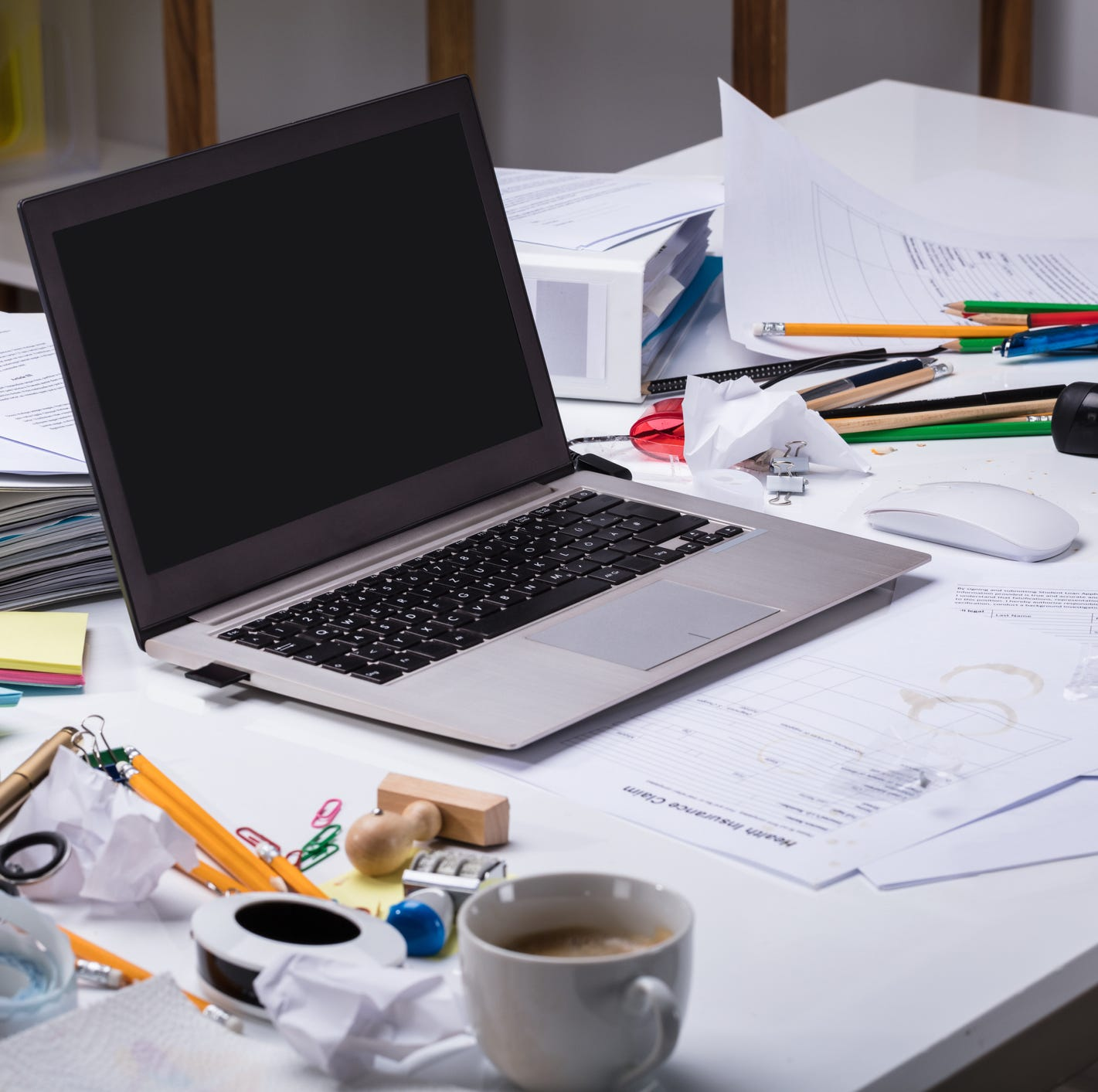 Suzy Fleming Leonard: A messy desk doesn't have to mean a messy life