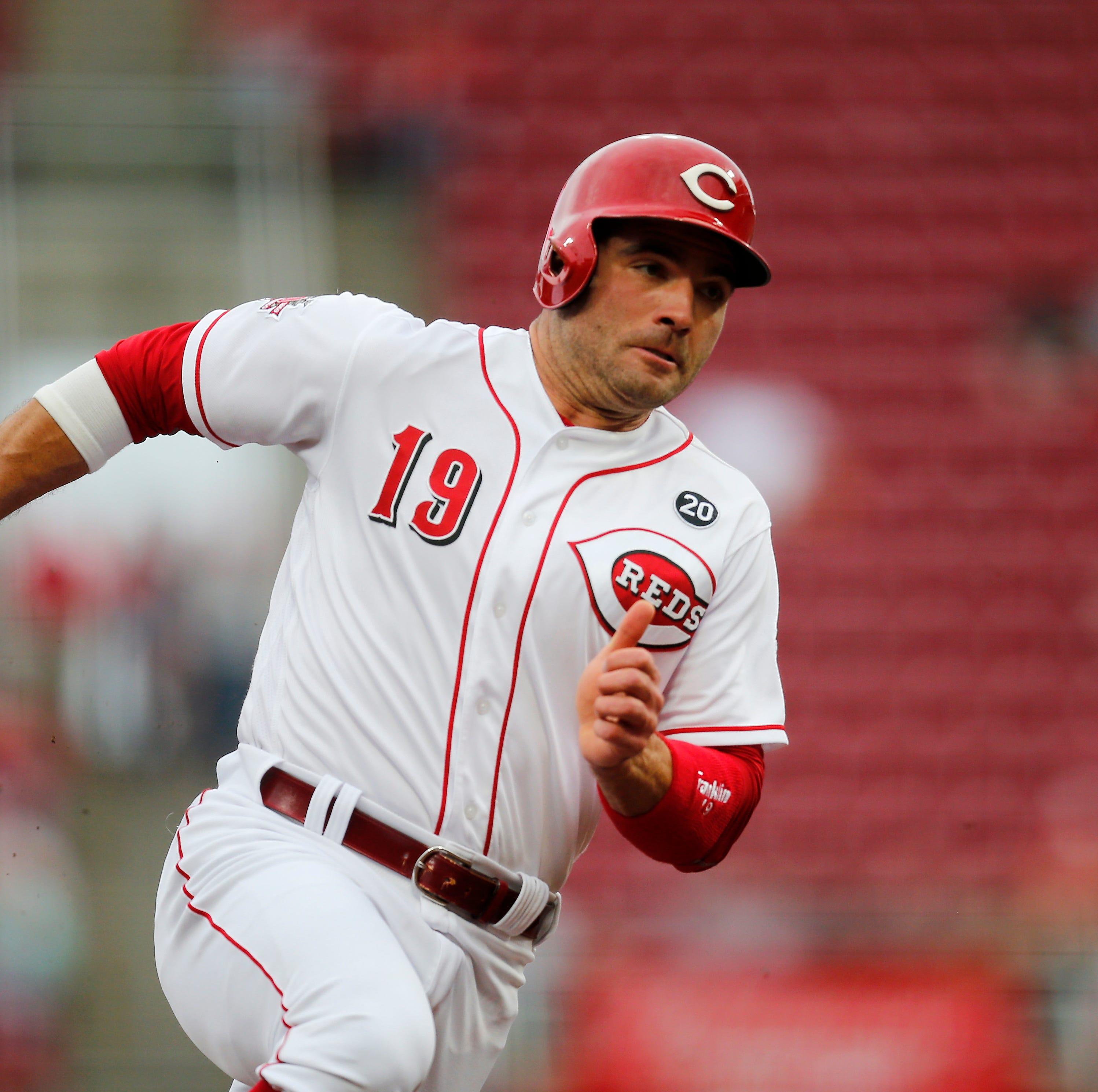 Doc's Morning Line: What hitting leadoff for Reds says about Joey Votto's current game