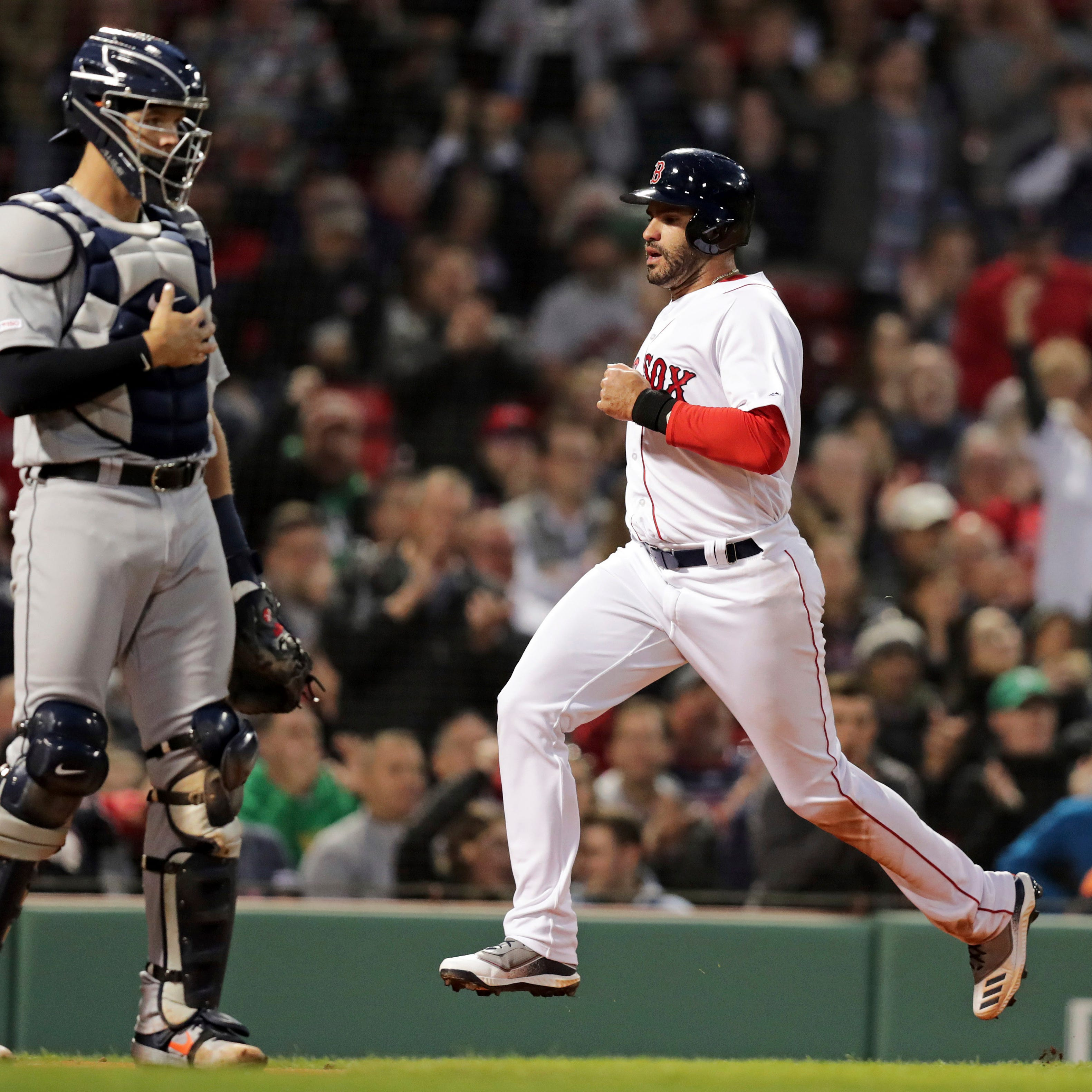 J.D. Martinez, Red Sox get their payback with 11-4 thrashing of Tigers