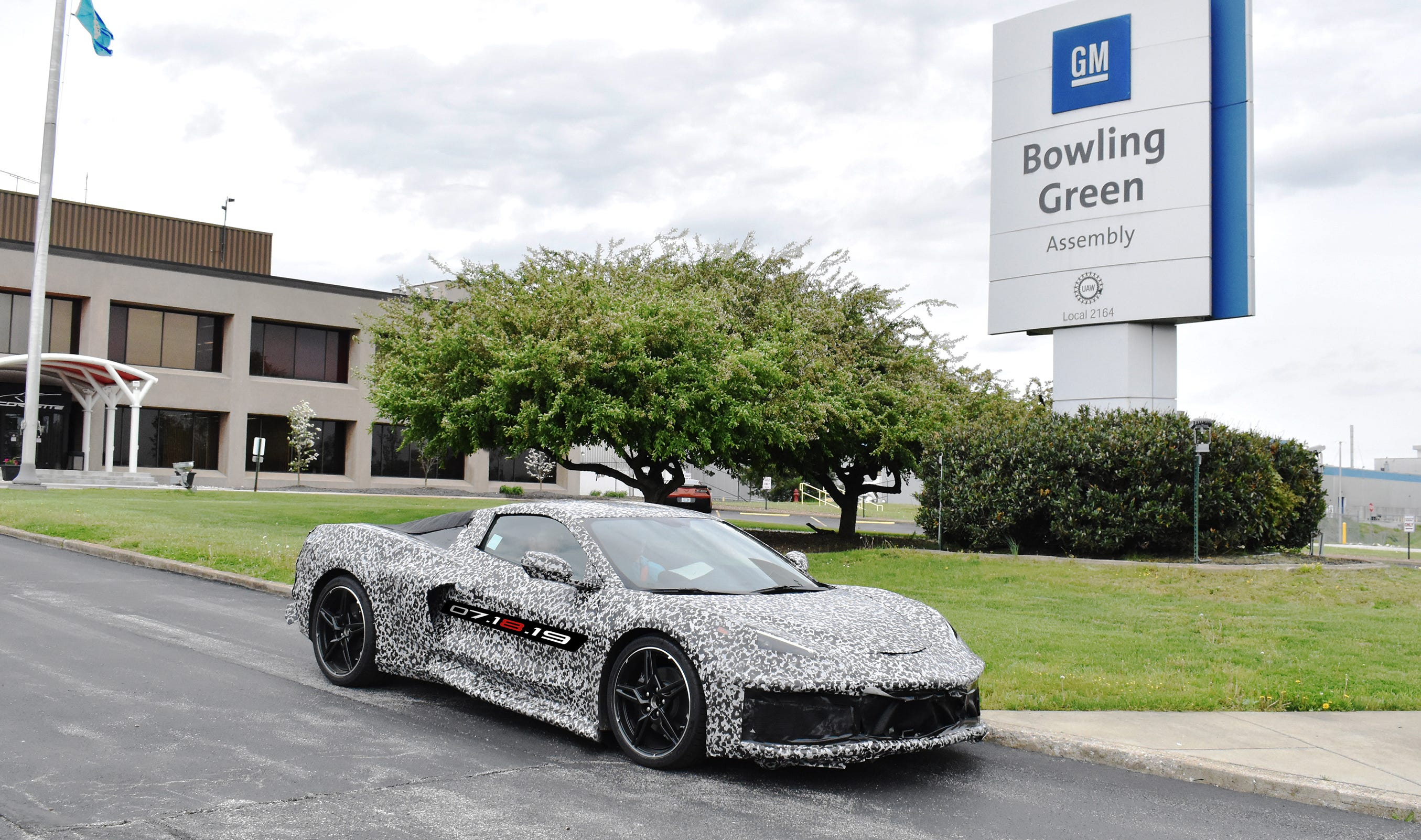 General Motors announced on Thursday, April 25 it is adding a second shift and more than 400 hourly jobs at its Bowling Green (Kentucky) Assembly plant to support production of the Next Generation Corvette, which will be revealed on July 18, 2019.