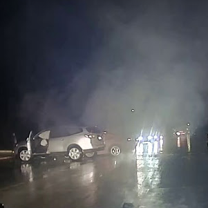 Sterling Heights officers rescue driver from burning car