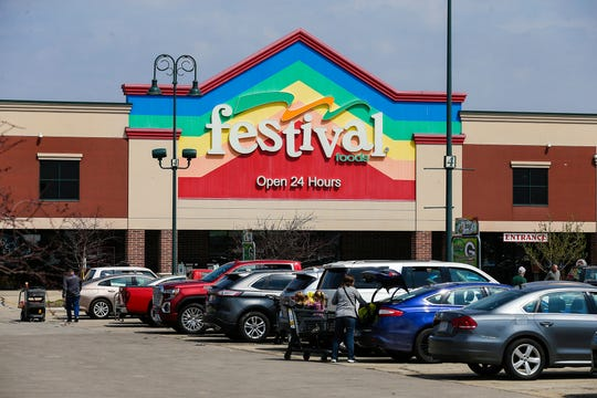 Festival foods. Thursday, April 25, 2019 in Fond du Lac, Wis. Doug Raflik/USA TODAY NETWORK-Wisconsin
