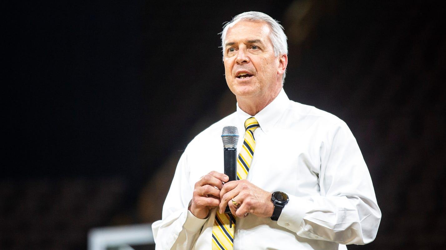 Gary Barta may make a splash with future Iowa football schedules