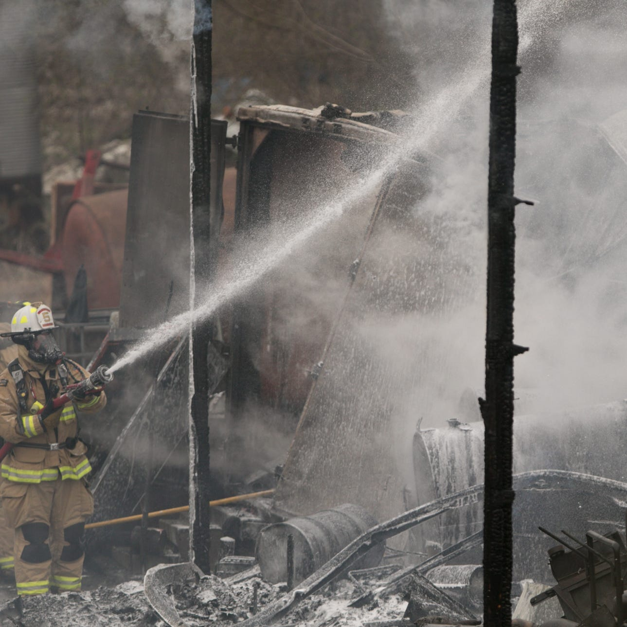 Fire destroys Superior Sanitation workshop in Green Oak Township
