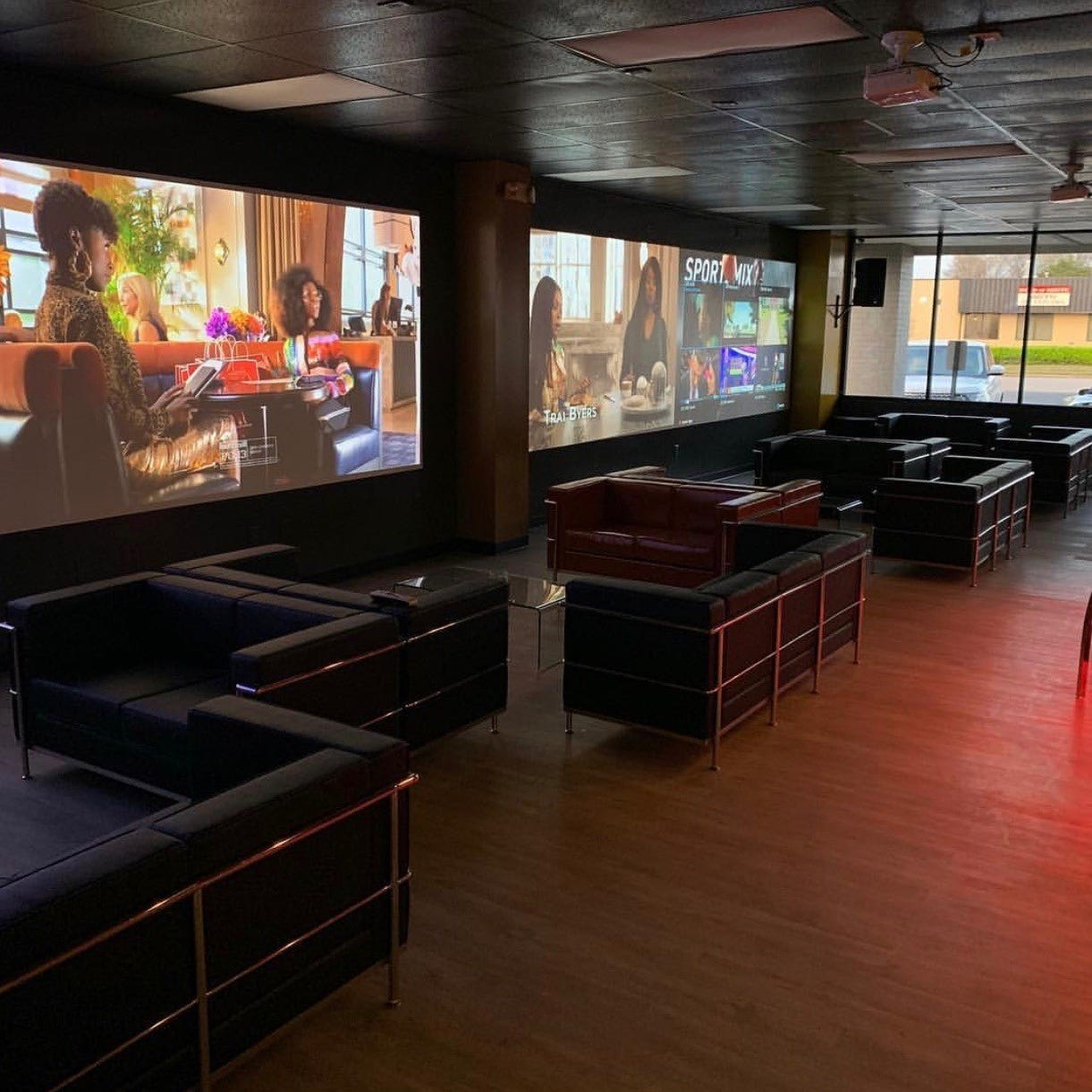 Next Level Sports & Cigar Bar offers Memphis a new spot to watch the big game