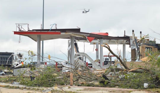Storm damage along I-20 near exit 85 by the Pizza Hut and Lincoln Parish Library