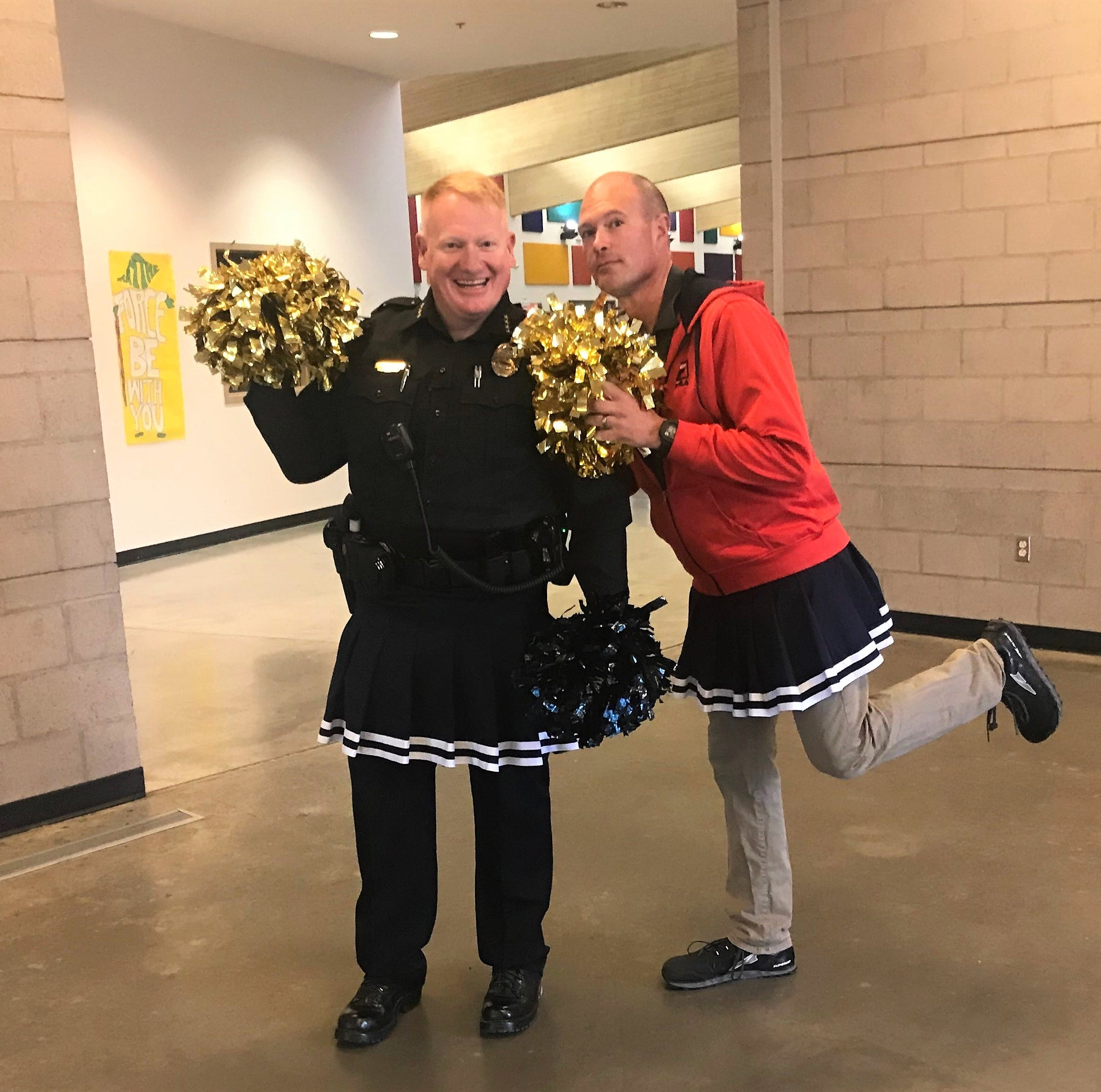 Ruidoso Middle school gets surprise cheer-squad during test week