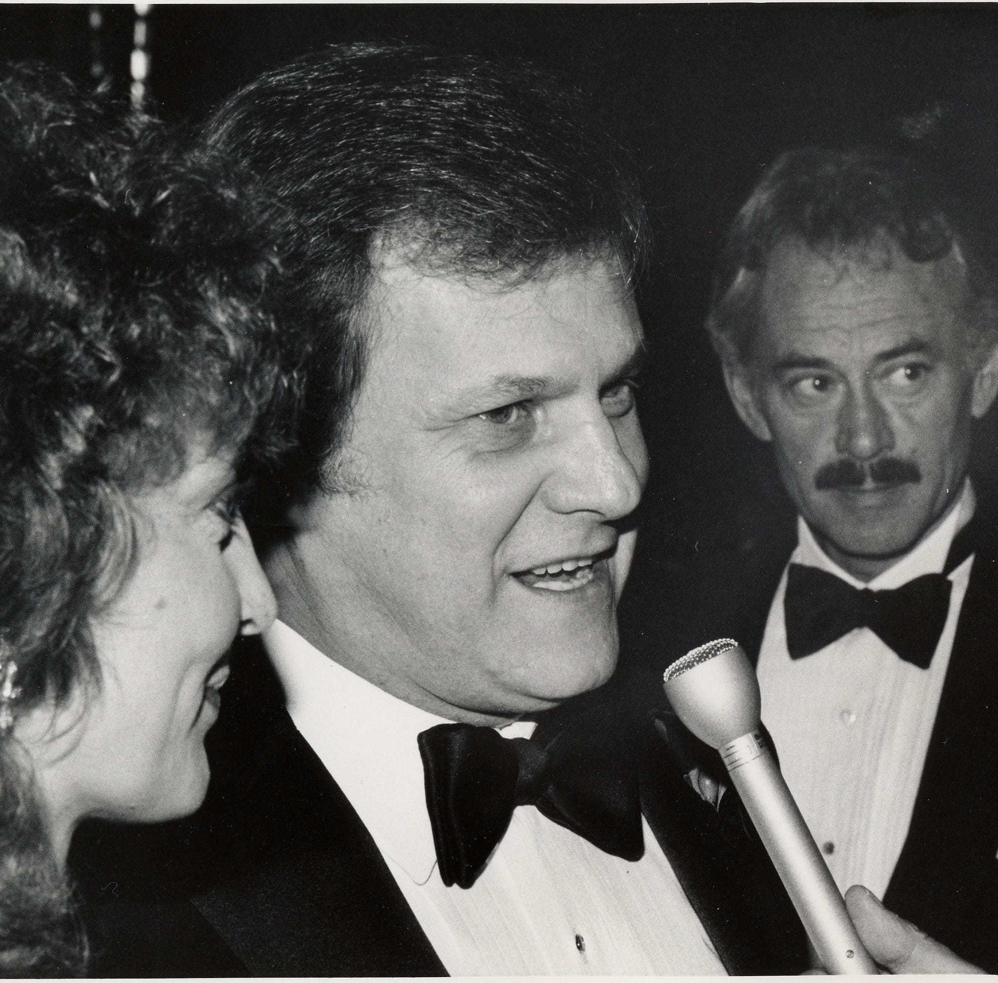 Longtime 'Dallas' star Ken Kercheval, who played J.R. Ewing's rival Cliff Barnes, has died