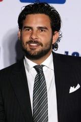 Gerardo reclama el que Paulina Rubio no solo no le deje ver a su hijo Eros, sino ni siquiera le permita saber de él.