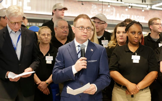 Sheboygan Council President Todd Wolf speaks at the ribbon cutting at Meijer, Thursday April 25, 2019, in Sheboygan, Wis. The 155,000-square-foot supercenter has 300 employees on opening day.