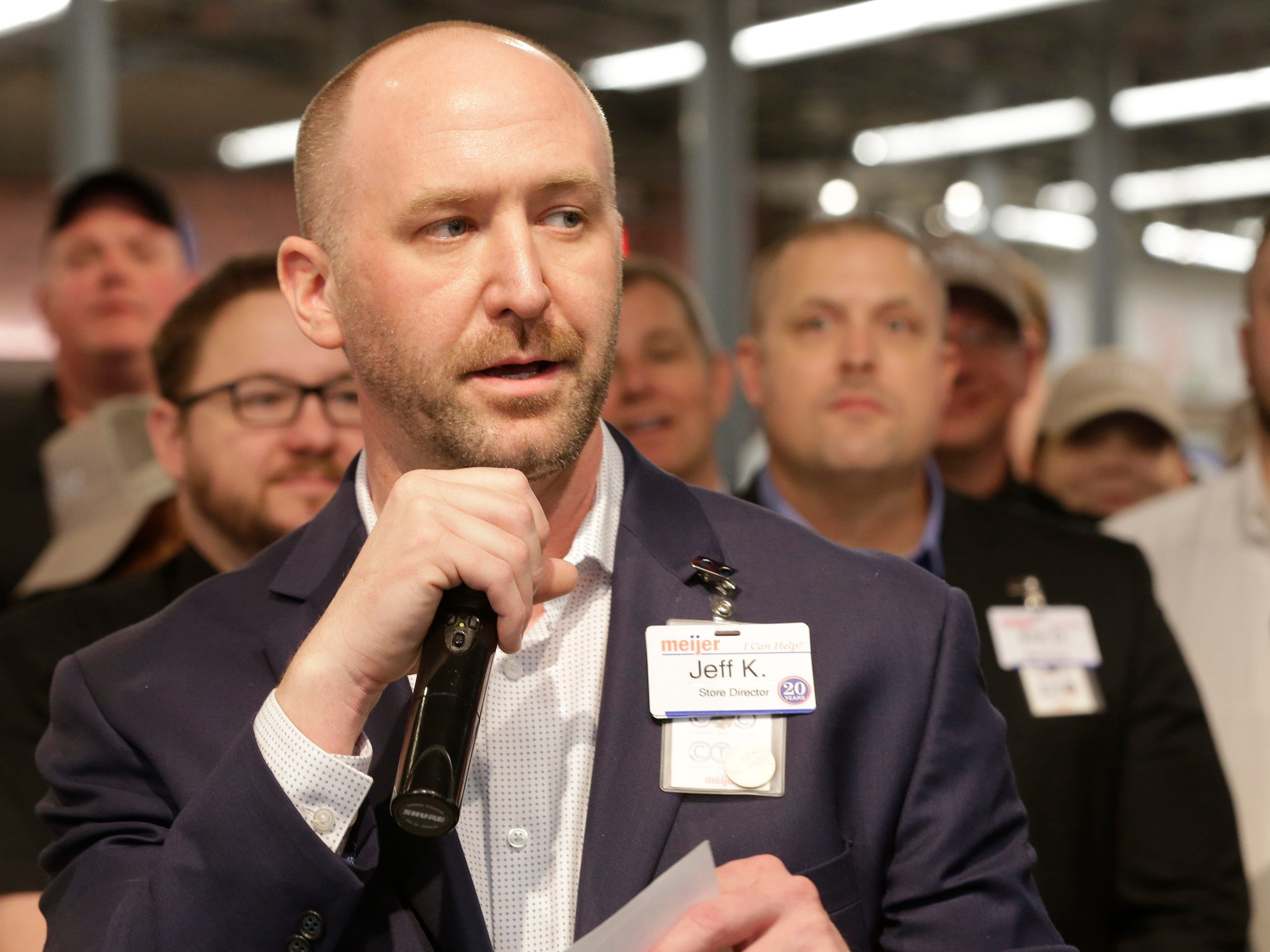 Sheboygan Store Director Jeff Kietzman speaks during the ribbon cutting at Meijer, Thursday April 25, 2019, in Sheboygan, Wis. The 155,000-square-foot supercenter has 300 employees on opening day.