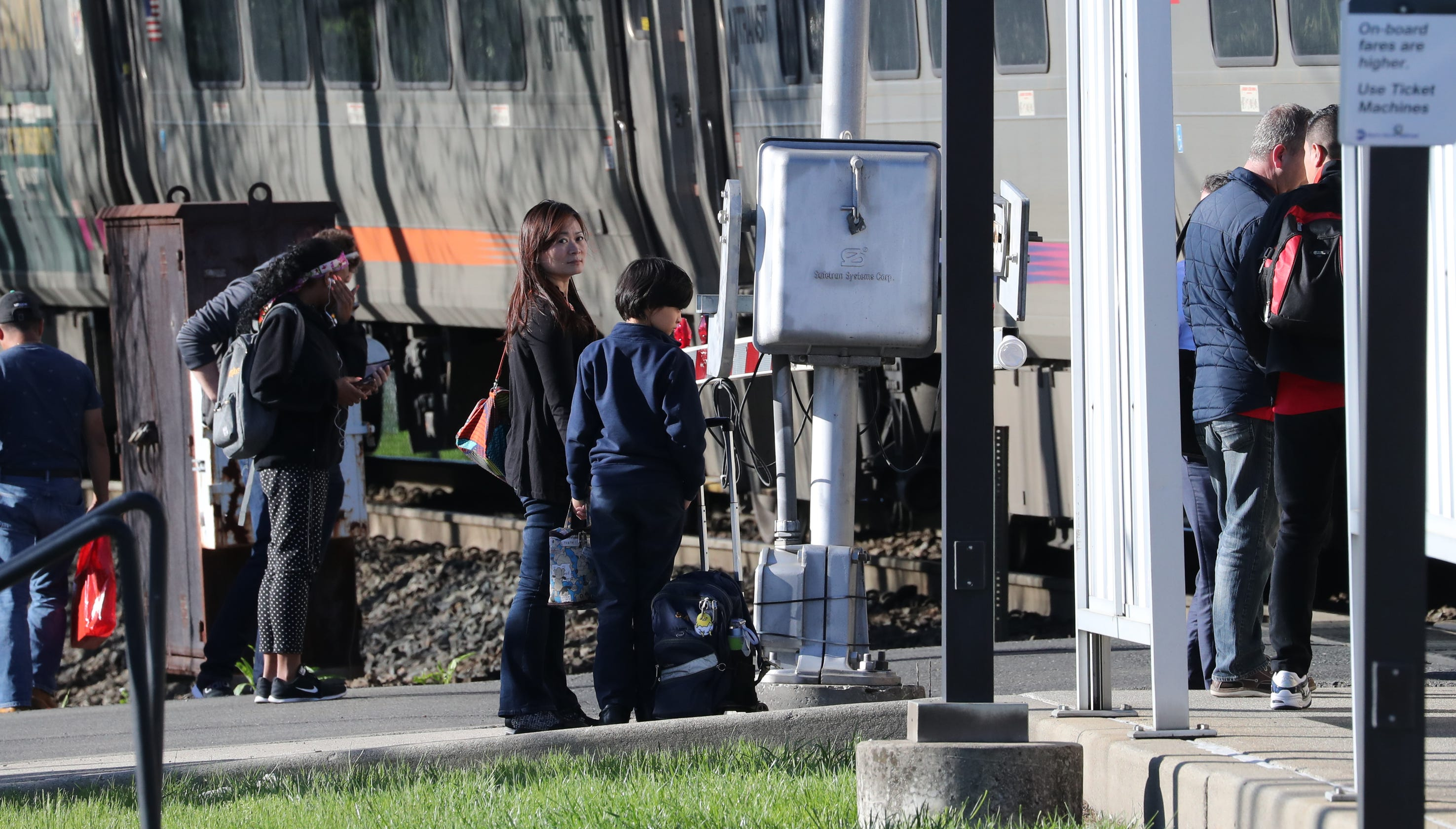 NJ Transit and union withholding support for Metro-North fix