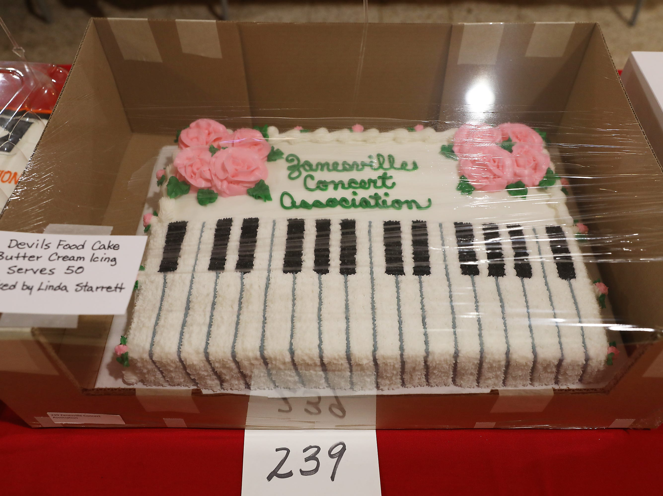 9:30 A.M. Friday cake 239 Zanesville Concert Association - 2 season passes; $130