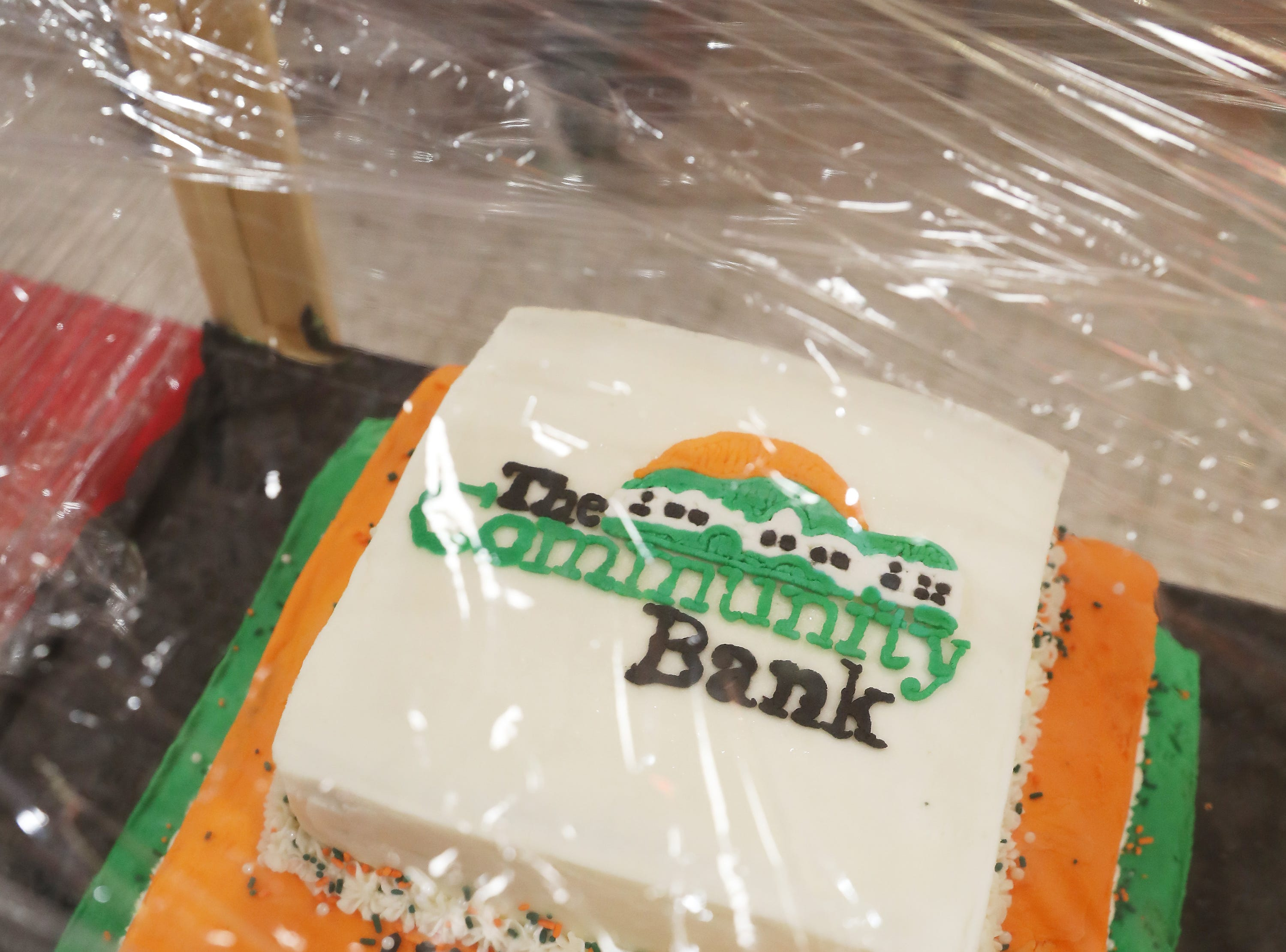 5 P.M. Friday cake 397 The Community Bank - Pedal Wagon Columbus gift card, riders must be at least 21, alcohol not provided; $419