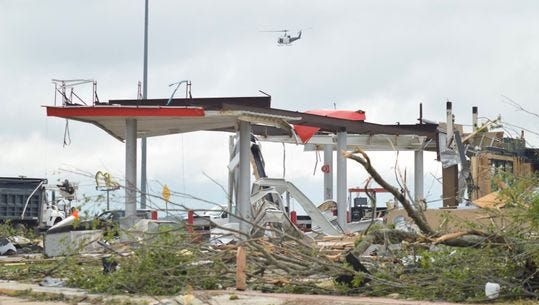 Violent storms, floods, tornadoes leave 5 dead in South