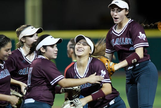 Calallen faces Veterans Memorial in a softball game, Thursday, April 25, 2019, at Cabaniss Softball Field.