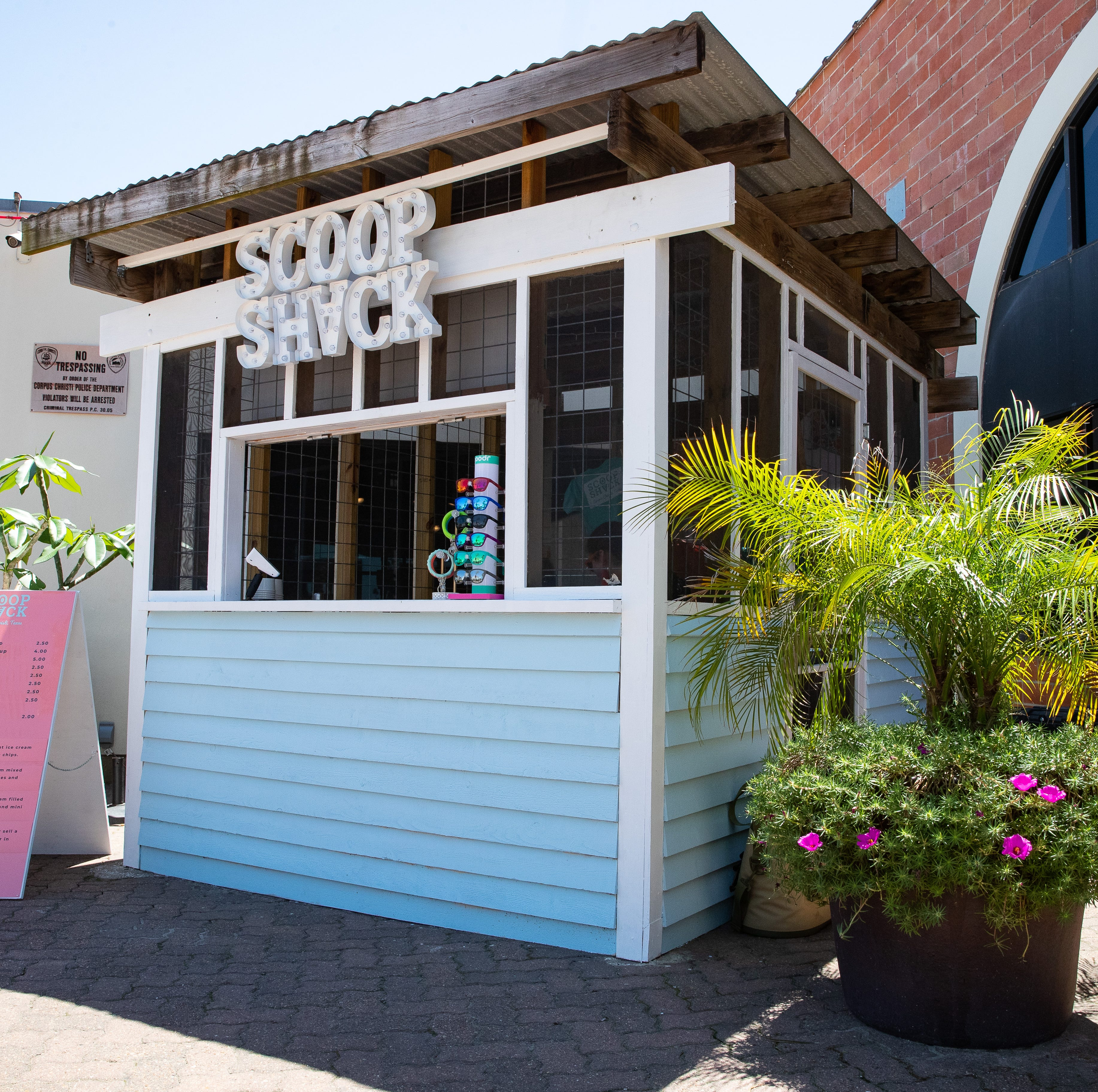 Scoop Shack fills ice cream void in downtown Corpus Christi