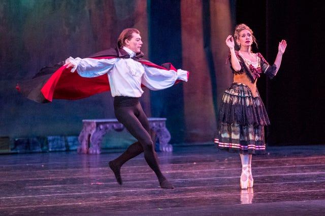 Corpus Christi Ballet to present Bram Stoker's 'Dracula'