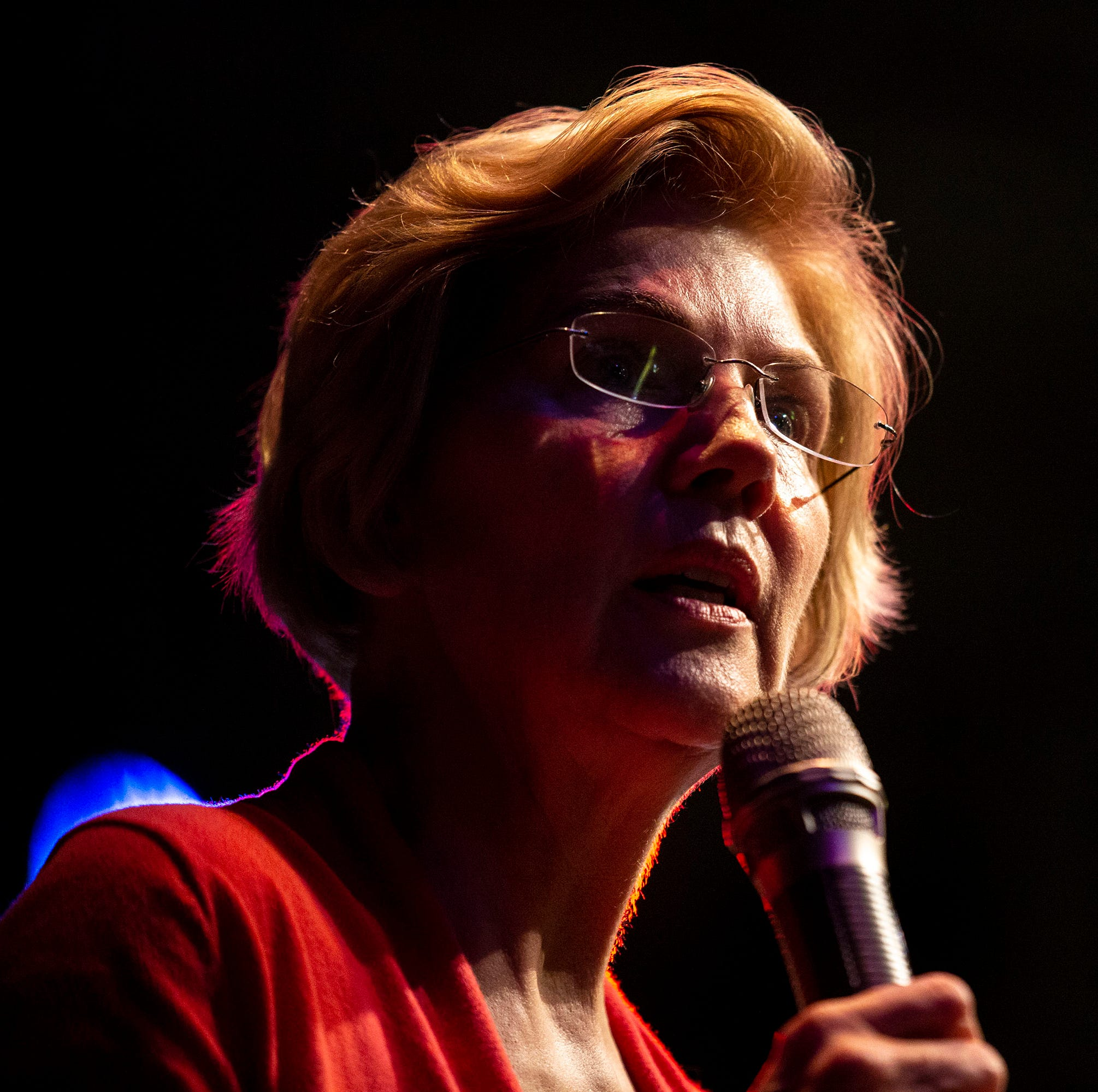 'The queen of policy': Warren builds campaign around detailed plans, but is that what Iowa caucusgoers want?