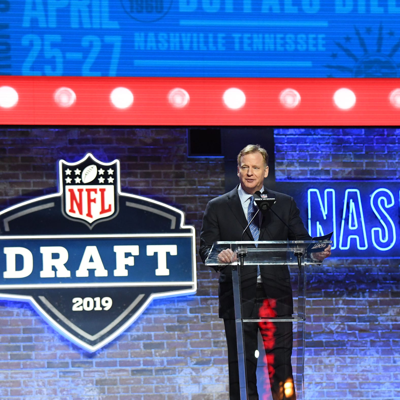 Live blog: NFL draft Rounds 2-3 tracking every pick; Lions have 2 picks