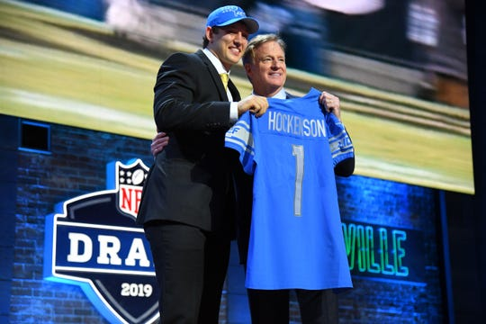 T.J. Hockenson stands with NFL commissioner Roger Goodell, after he was taken eighth overall pick by the Lions in the NFL draft in downtown Nashville, Tenn.