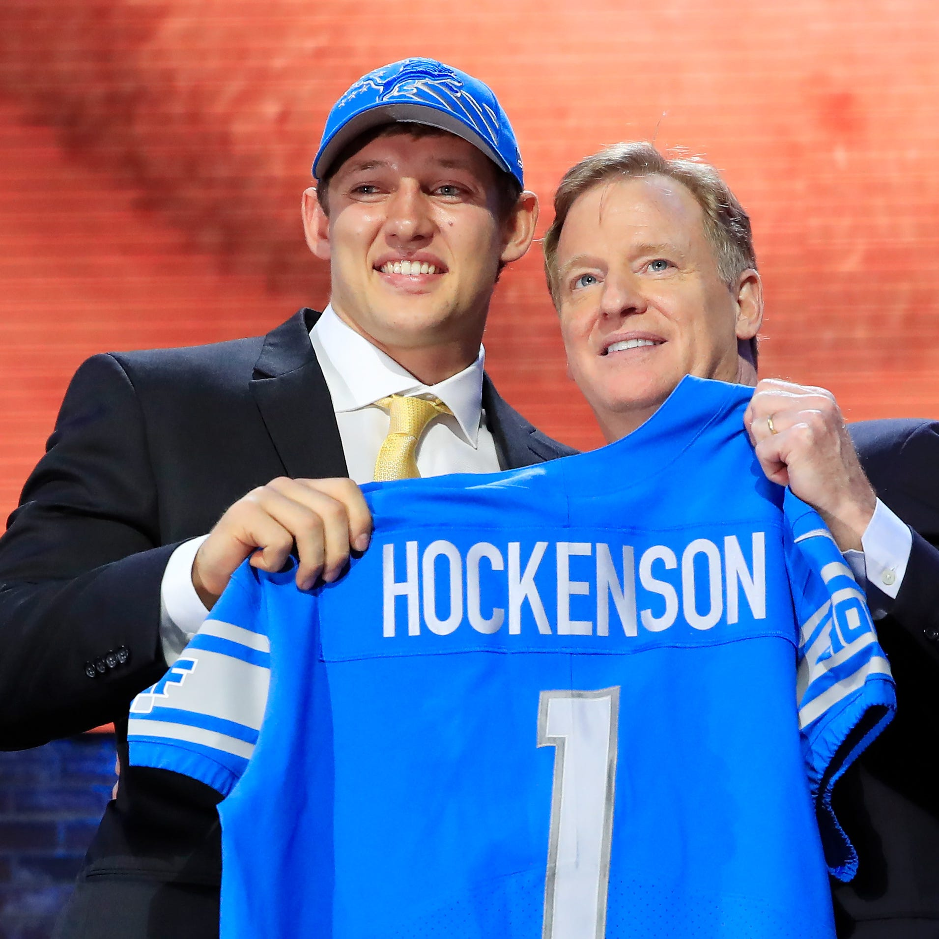 Detroit Lions: Iowa tight end T.J. Hockenson lives out 'dream' on NFL Draft night