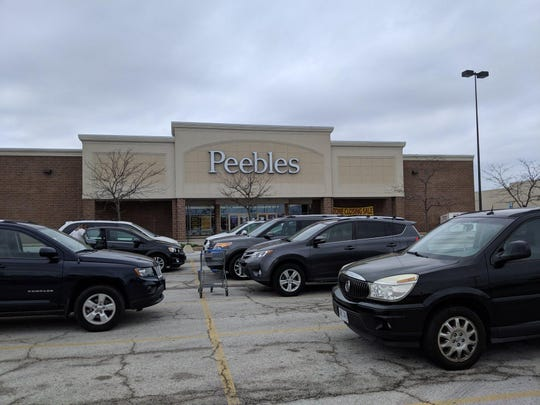 Patrons take advantage of store closing sales as Peebles in Fremont prepares to be rebranded as Gordmans.