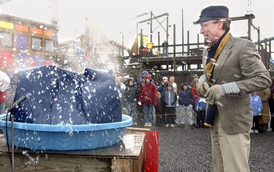 Bill Nye imploding a 55-gallon drum before giving a talk at the Sciencecenter in Ithaca in 2003.