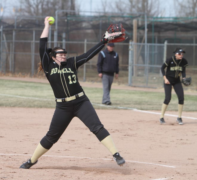 Howell's Avrey Wolverton threw a three-inning perfect game and hit a home run in a 15-0 victory over Westland John Glenn.