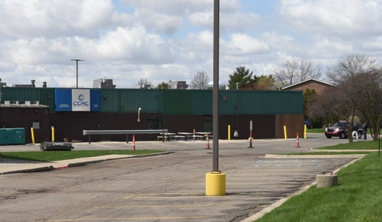 A gas leak in St. Johns forced some streets to close and part of the South Pointe Mall near the Clinton County Medical Center to be evacuated Friday afternoon.