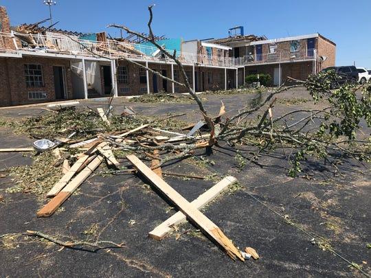 Tornado damage at the Motel 6 along I-20 in Ruston.