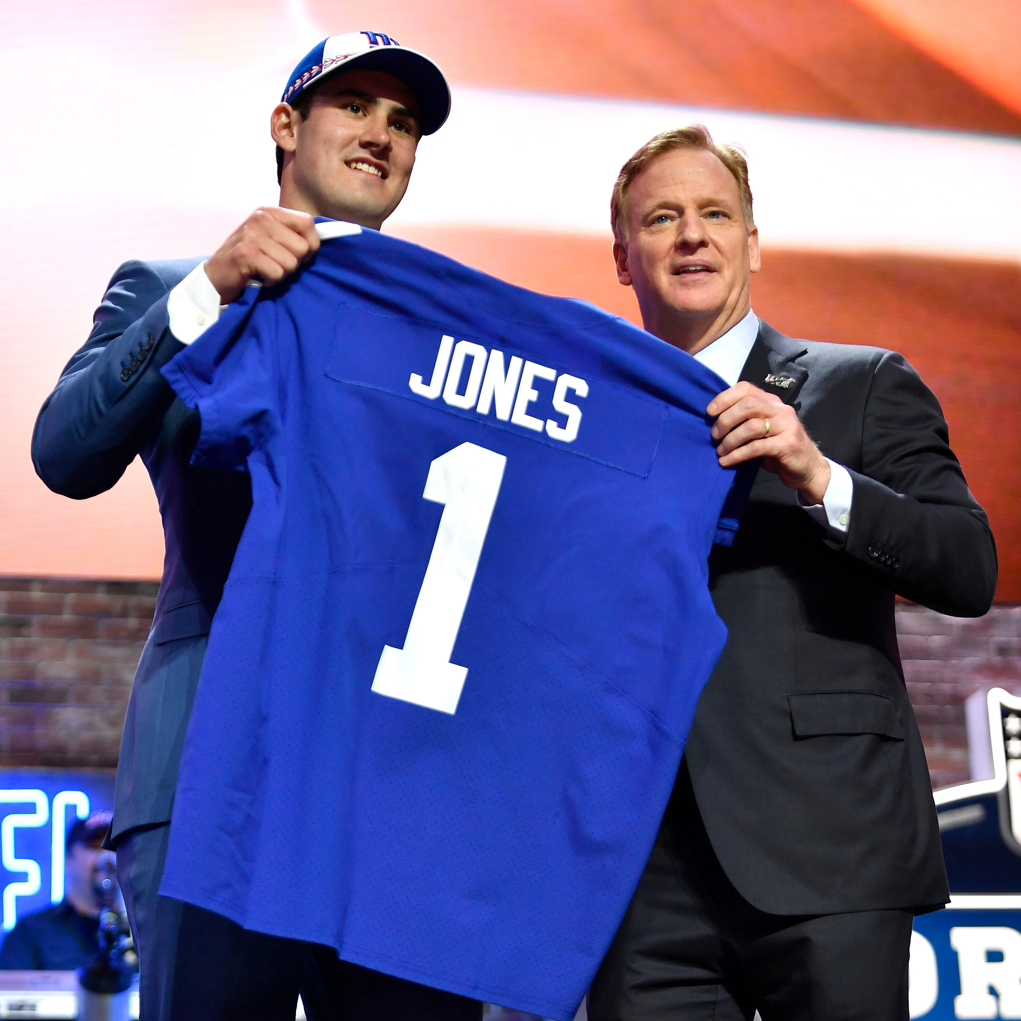 Twitter melts down as New York Giants draft Daniel Jones with the sixth overall pick