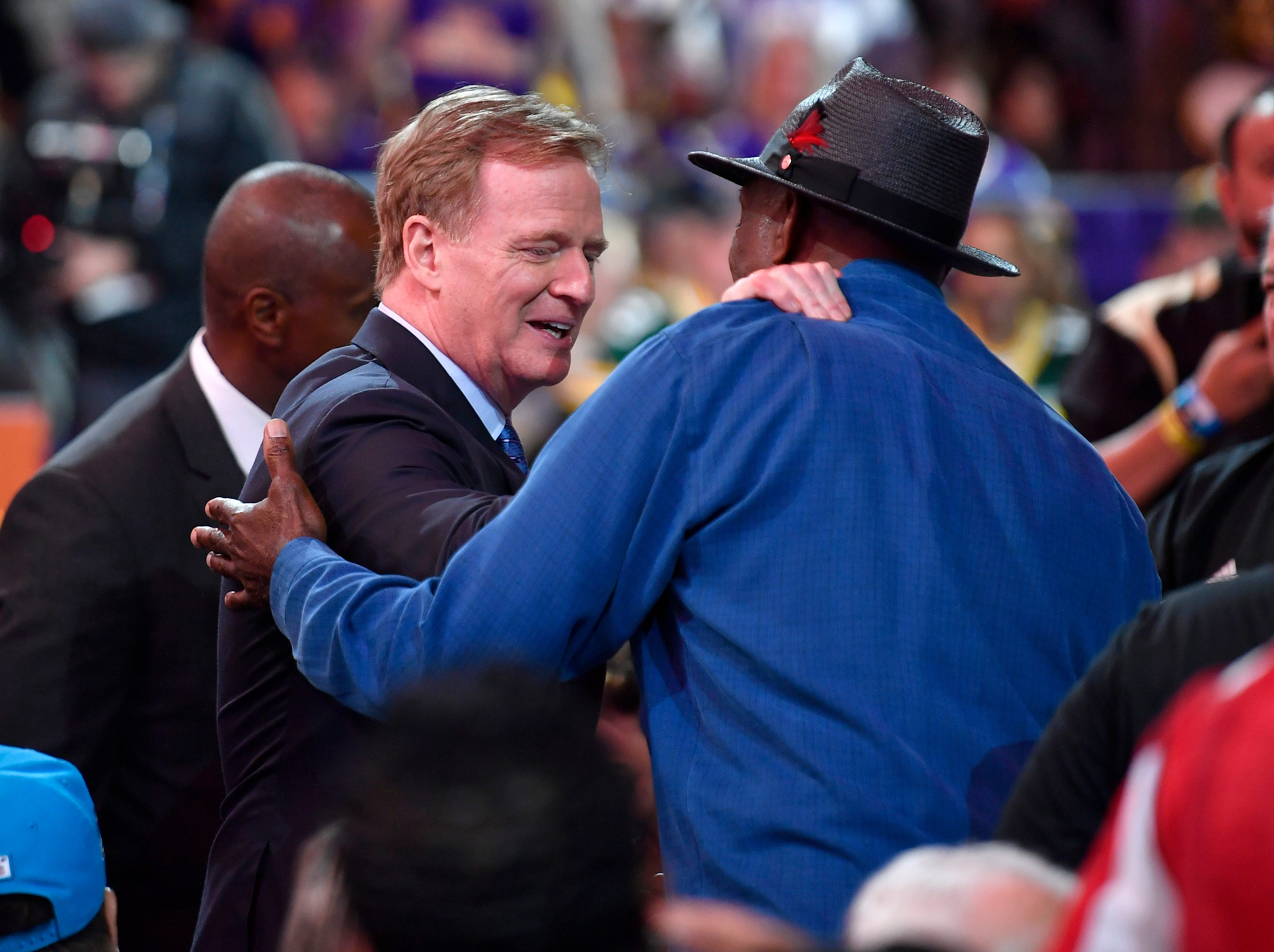 NFL Commissioner Roger Goodell comes down from the stage to greet fans during the first round of the NFL Draft Thursday, April 25, 2019, in Nashville, Tenn.