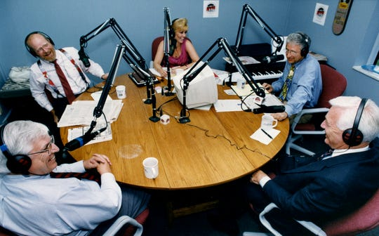 """""""Teddy Bart and the Round Table"""" reels in an average of 3,025 listeners daily on WWWTN-FM (99.7). The Round Table here in 1992 are Jimmy Davy, left, Crom Carmichael, Karlen Evins, Teddy Bart and guest Richard Fulton of the Bank of Nashville and former Metro mayor."""