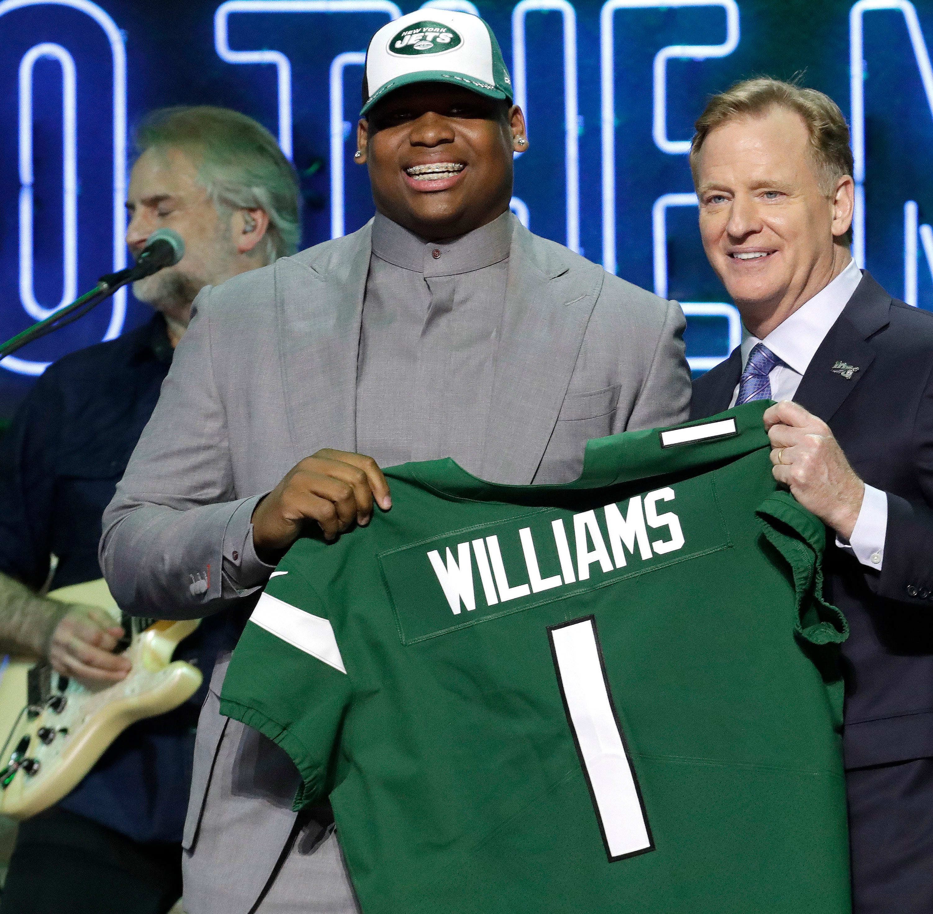 Jets take Quinnen Williams with the No. 3 pick in the NFL Draft