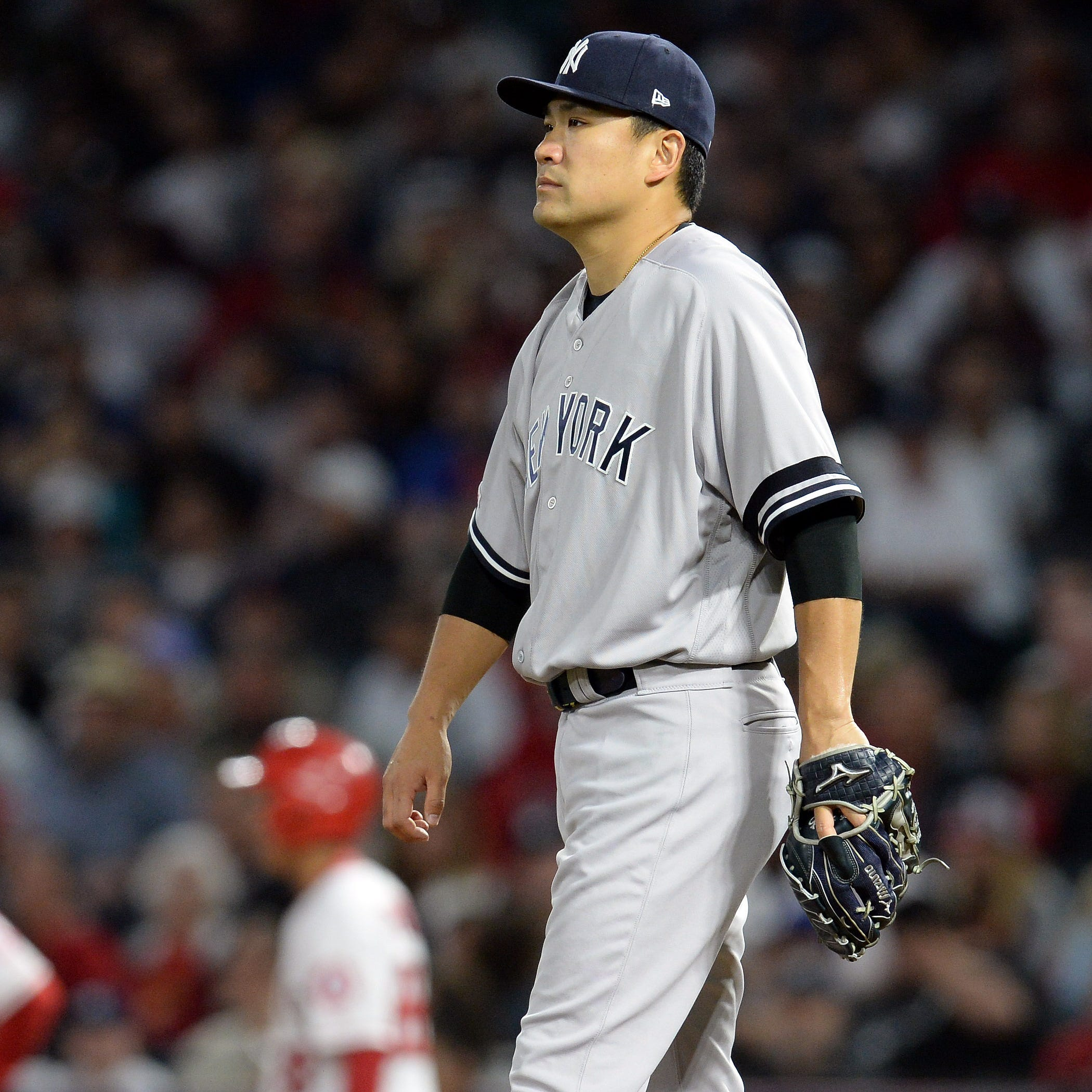 Yankees blow a four-run lead, drop their chance at a four-game sweep of the Angels