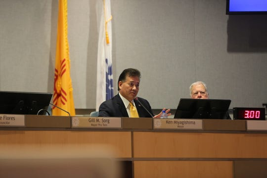 Mayor Ken Miyagishima addresses a citizen during public comments at the special city council meeting on Thursday, April 25, 2019.