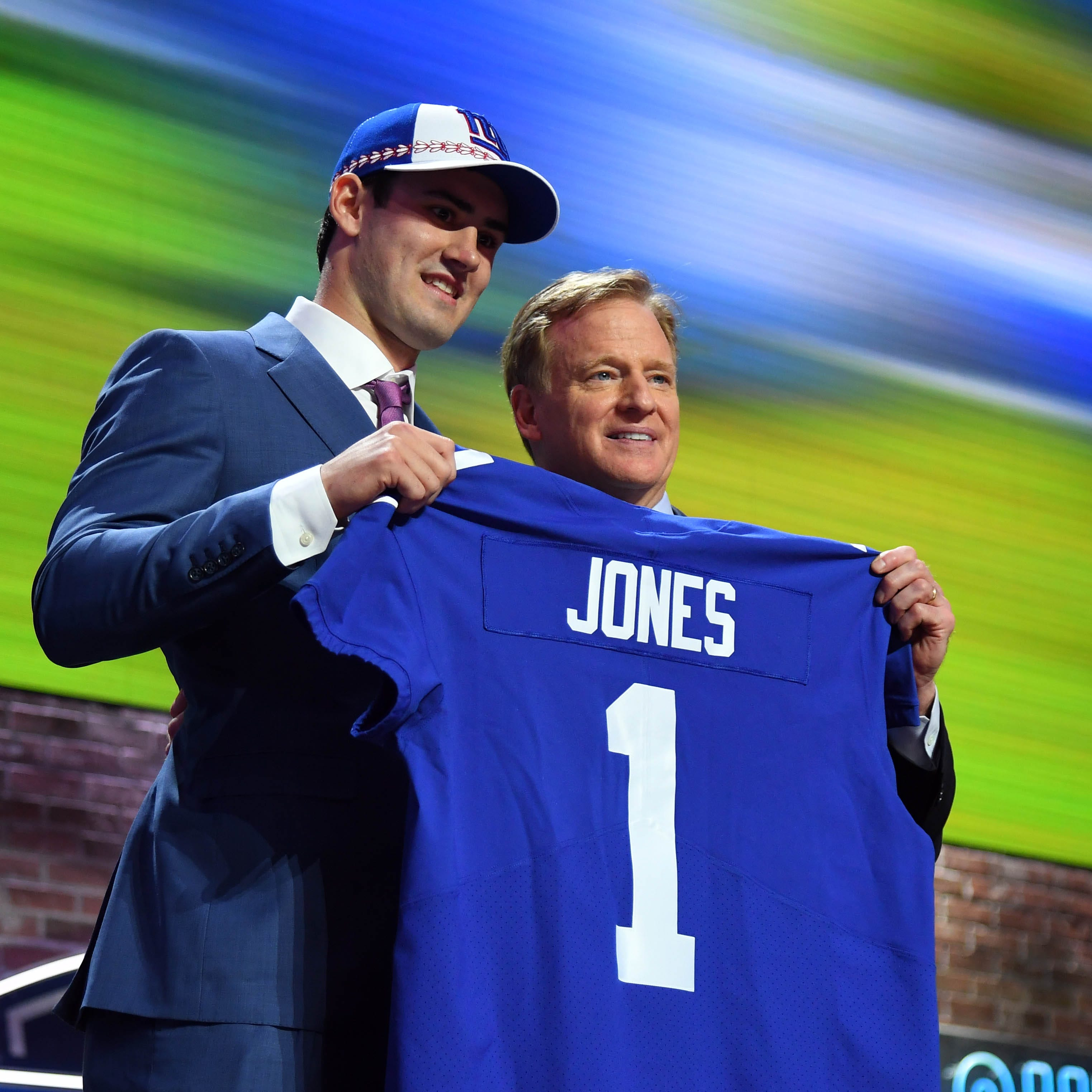 Daniel Jones to Giants: 3 things to know about the No. 6 pick in the NFL Draft