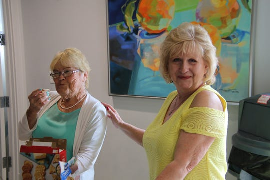 Pat Bovee, left, and Beverly Donahue at the Mustard Seed MinistriesTea and Fashion Show.