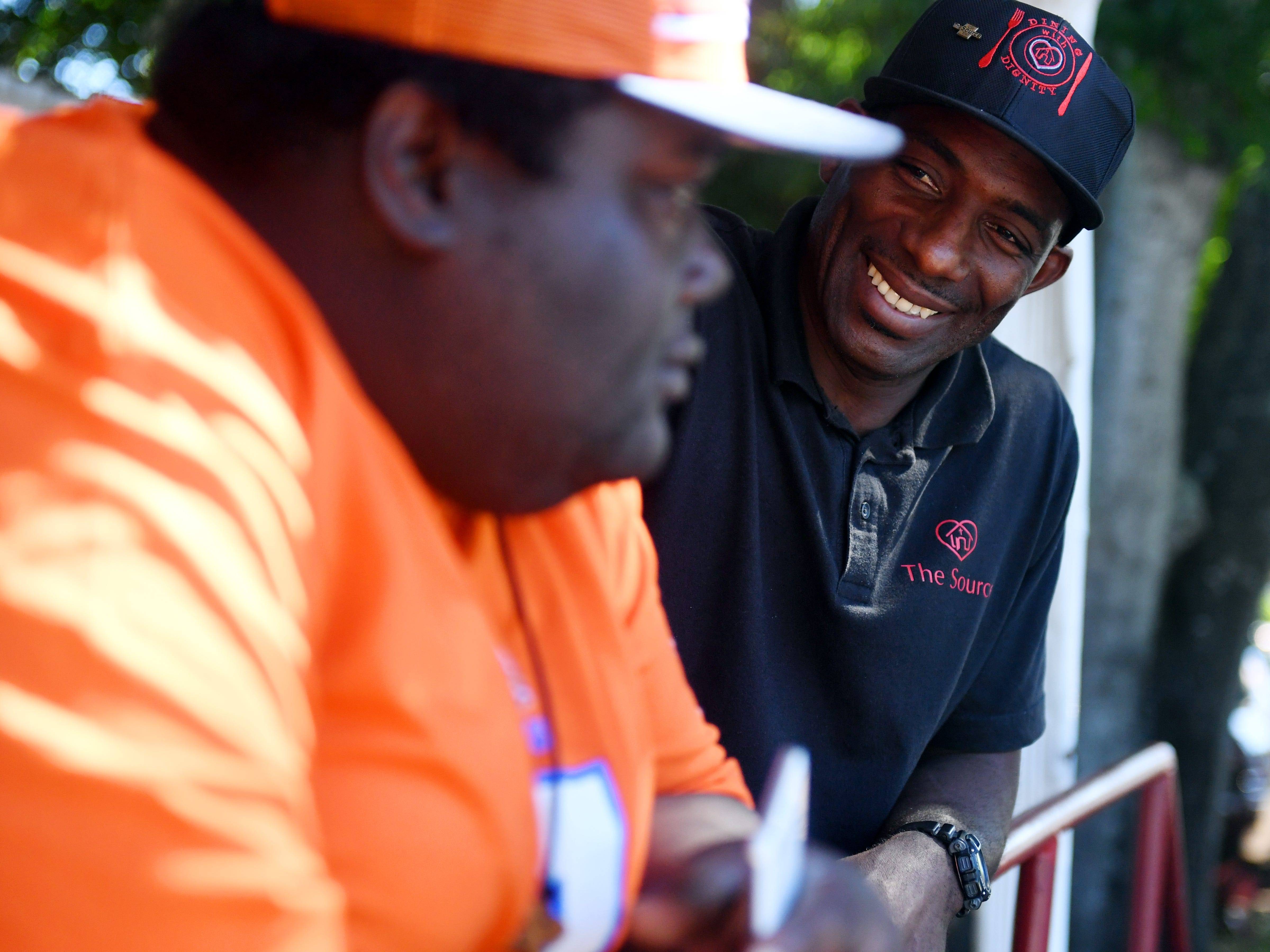 Former NFL, LSU football player rebounds from drug addiction, homelessness to help others
