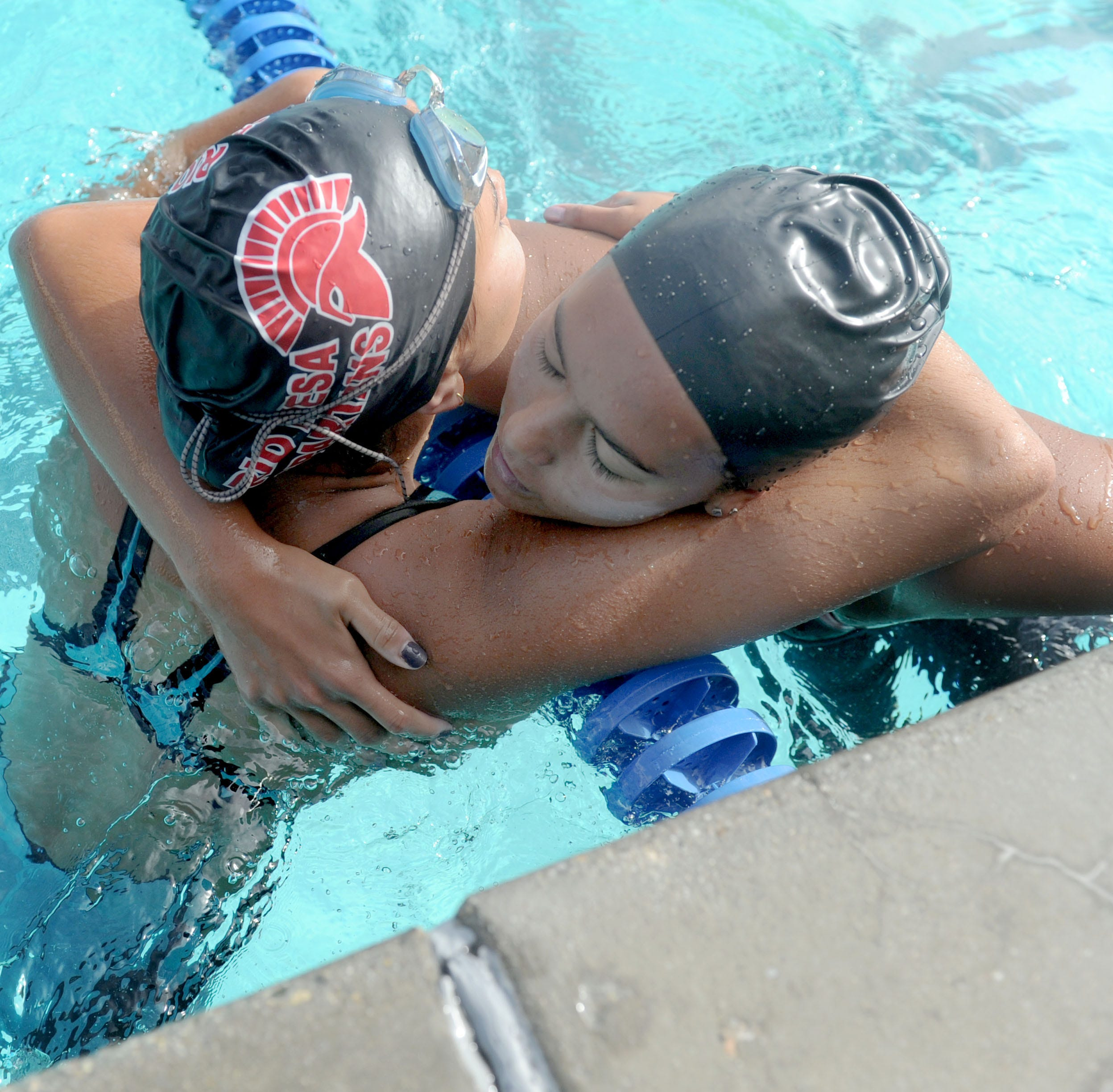 Ventura sets six league records in its first Pacific View League swimming championships