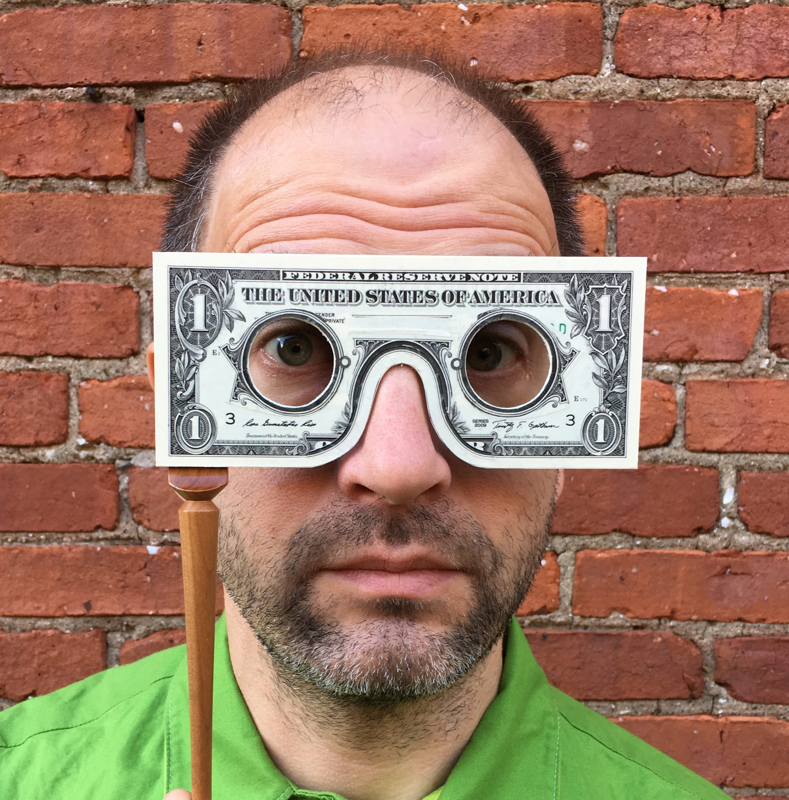 Edgar native Mark Wagner turns money into art. He'll share his story this weekend in Wausau.