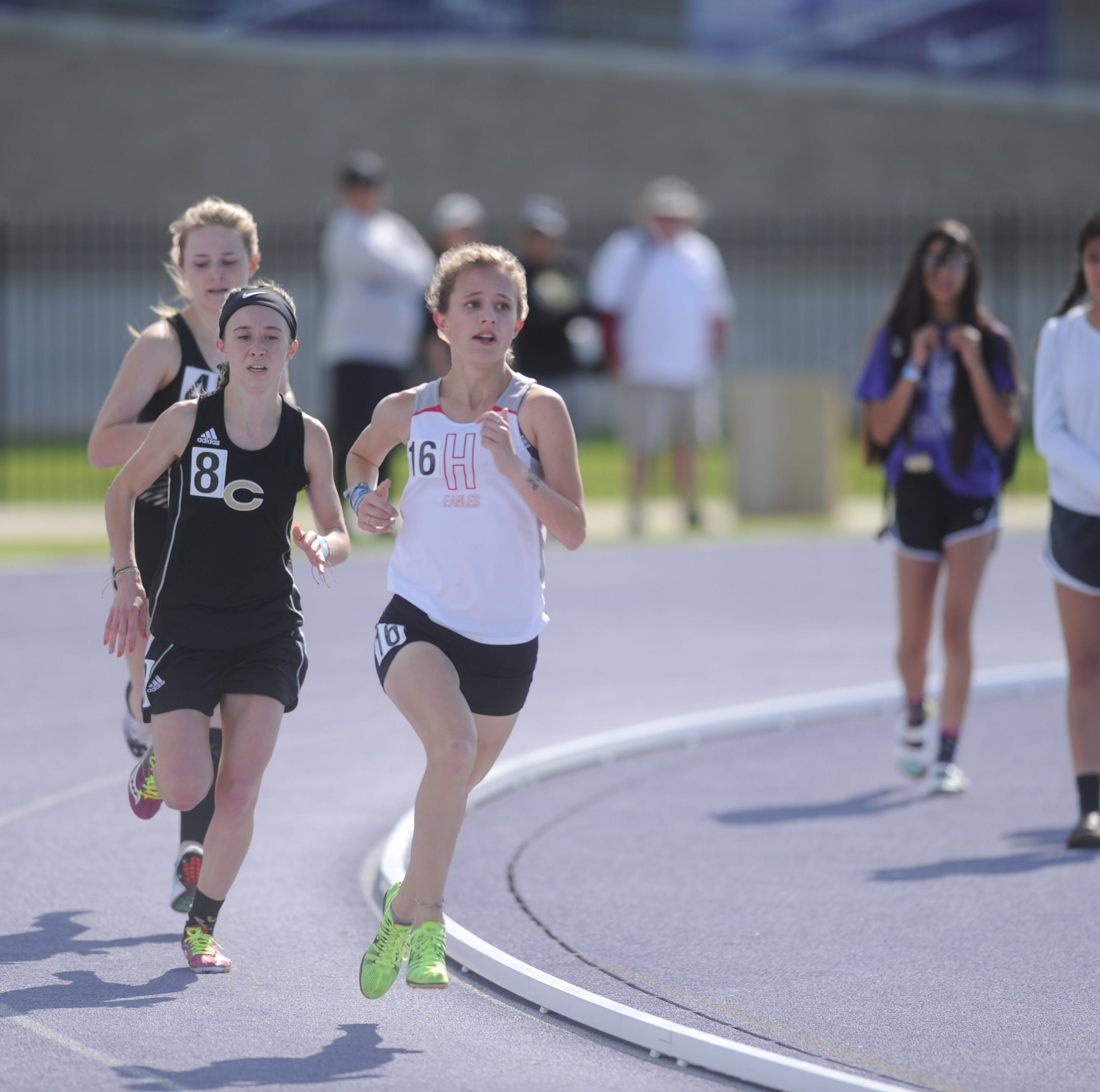 UIL regional track roundup: Four area athletes qualify for 3A state meet