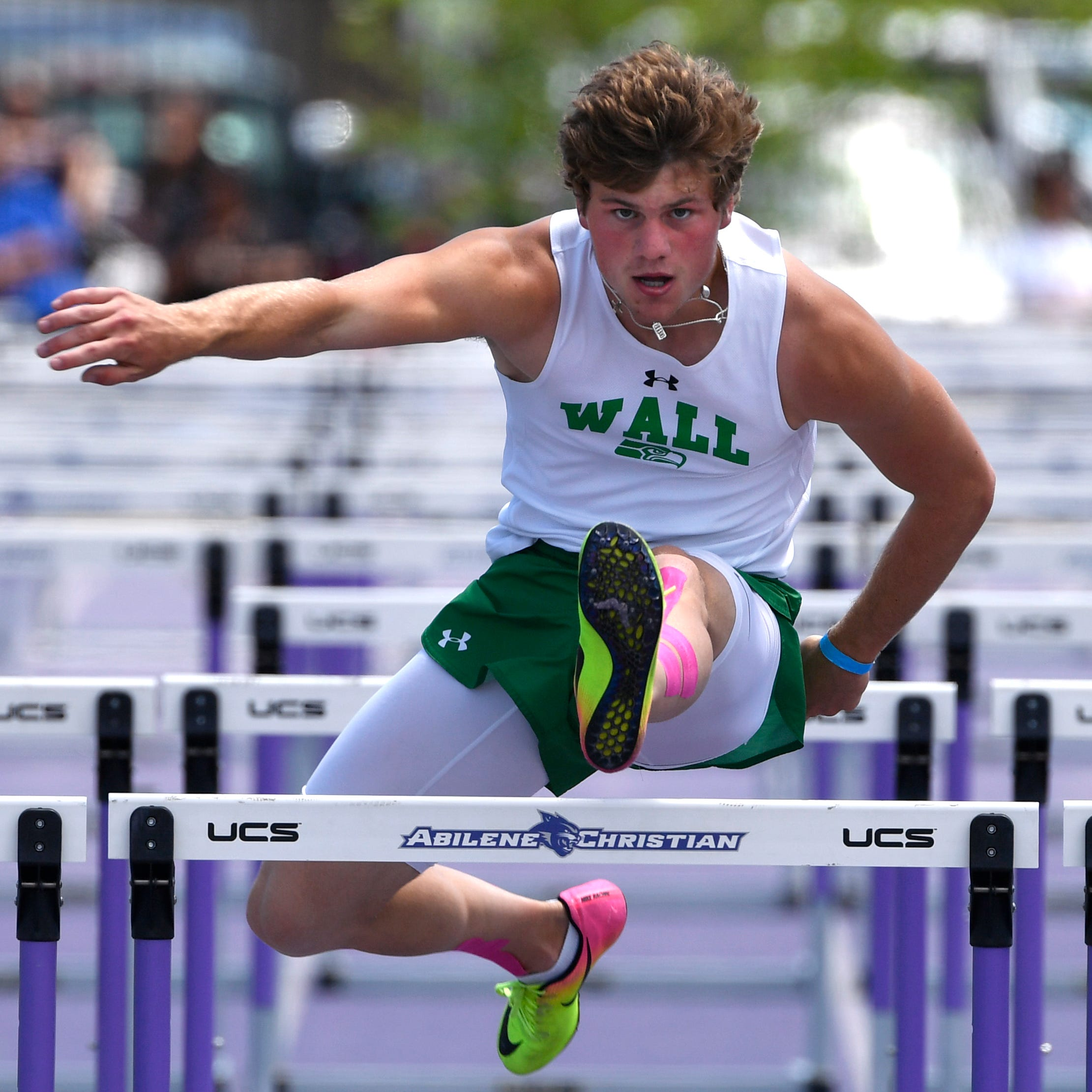 REGIONAL TRACK ROUNDUP: Wall sweeps team titles at Region I-3A meet